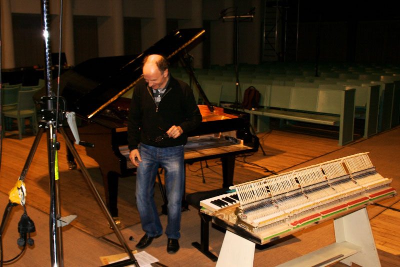 CD Production Olga Scheps / Sony 2009 at Christuskirche Berlin. Gerd is preparing the piano