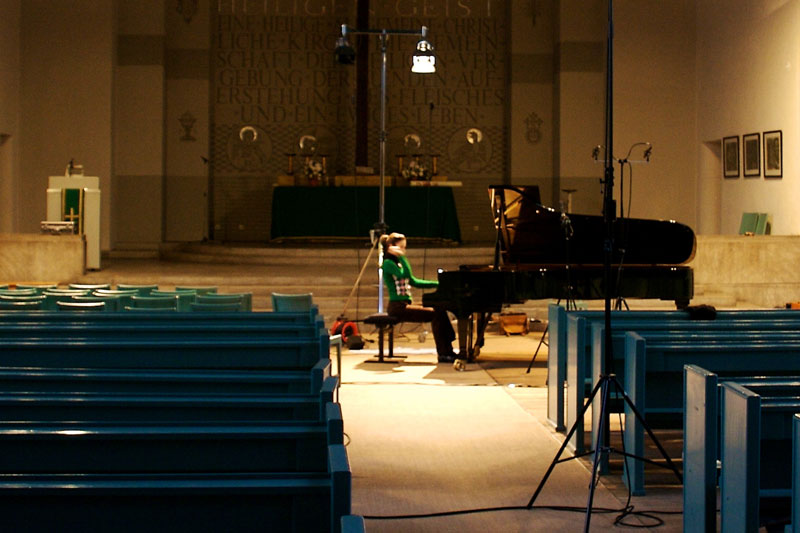 CD Production Olga Scheps / Sony 2009 at Christuskirche Berlin. Olga playing