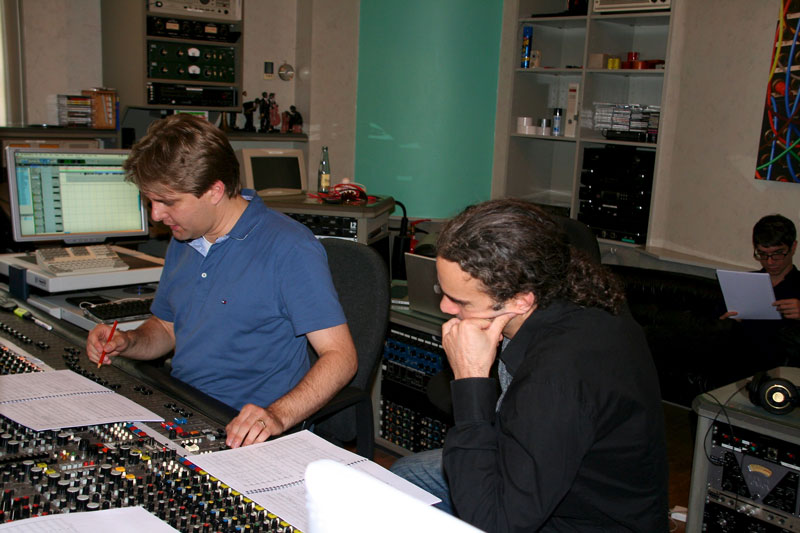 "Music recordings for ""La Nuit Nomade"" 2011 at Vox Studio Bendestorf. With arranger Roman Vinuesa"