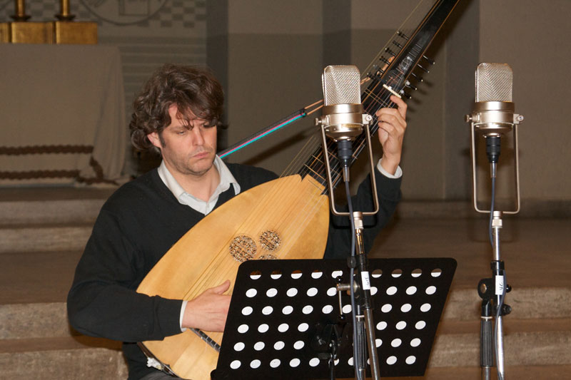 CD Production with Nils Mönkemeyer / Sony 2014 at Jesus Christus Kirche Berlin Dahlem. Theorbo player Andreas Arend